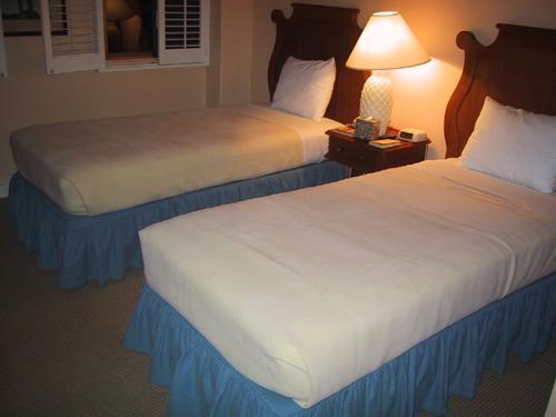ラグーンタワー寝室1